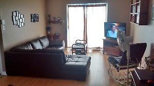 Appartement 4 1/2, Style condo / 2 stationnements +rangement ext