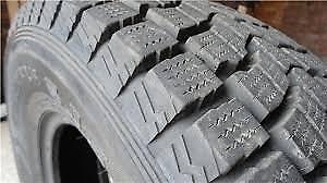 Dunlop: 235 70 16 (4 Pneus d'Hiver / 4 Winter Tires) 11/32