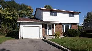 Single 4 bed room  House 20 minutes to downtown Ottawa