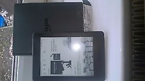 Amazon Kindle Paperwhite (7th Generation), Wi-Fi, 6in E-reader - Black