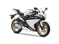 Yamaha yzf-r 125 3500miles 2013