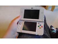 Nintendo 3DS white new version as new condition