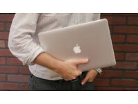 "Macbook Air 13"" 2015 3.1Ghz i5/4GB/256GB Flash HD5000 1536Mb Gfx OSX Sierra Boxed As New Condition!!"