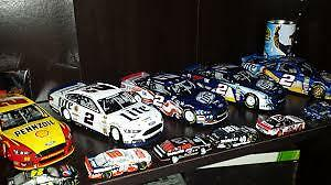 Large lot of 1/24 scale diecast