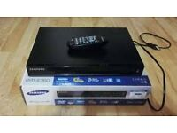 Mint !!! Samsung E360 dvd player with USB and remote
