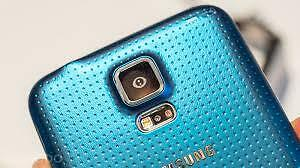 Rare Blue Samsung Galaxy S5 with Brand New Lifeproof