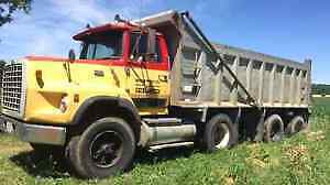 Ford 9000 Triaxle