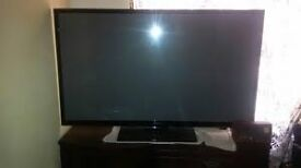 SAMSUNG 62 INCH TV, EXCELLENT QUALITY, WITH REMOTE, STAND AND LEAD, FREE DELIVERY