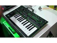 Roland modular synthetizer System-1 AIRA