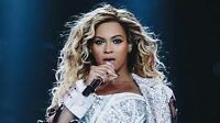 BEYONCE - MAY 25 TORONTO FLOOR SEATS BESIDE STAGE!!!