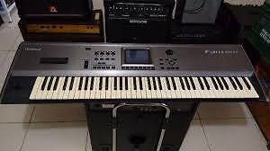FS/FT Roland Fantom FA-76 Keyboard with Stand and Sustain Pedal