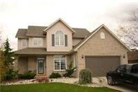 STUNNING HOUSE FOR SALE CENTRAL SARNIA