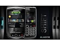 BLACKBERRY TORCH 9800 UNLOCKED CHARGER AND EARPHONES