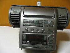 INFINITY G35 2003 - BOSE AM/FM RADIO 6 CD ET CASSETTE PLAYER OEM