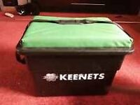 Keenets cushioned seat box