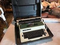silver reed 2600 cr electric typewriter