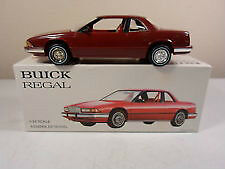 #TelusHelpMeSell - 1988 Red Buick Regal 1/24 Scale Model Car