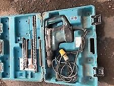 Makita sds hammer drill, 110v good working order, comes with chisels ecc