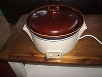 RUSSELL HOB SLOW COOKER FOR SALE IN PARTICK