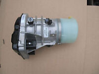 Ford galaxy mk3 2.0 diesel power steering pump for sale or fitting call for parts thanks