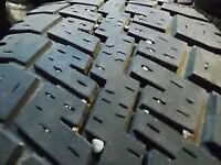 2 pneus hiver LT245 75 R16