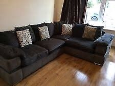 Corner sofa free need gone nowin Meadows, Edinburgh - Free corner sofa need gone now or going to skip email for more info quick