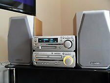SHARP MINI-DISC SYSTEM - with matching speakers