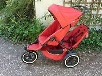 Phil and Ted double buggy red good condtion