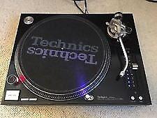 Technics SL 1210 MK5 pair with lids DJ turntables
