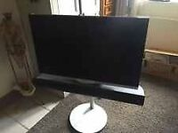 Bang & Olufsen TV BeoVision with speakers