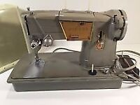 Singer Sewing Machine, Heavy Duty Style-O-Matic