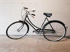544a090ed49 Vintage Raleigh Ladies  Bicycle