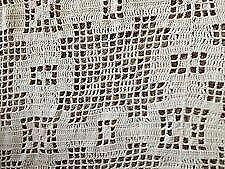Elegant Handmade Lace Tablecloths