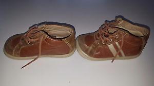Toddler Boys Bopy shoes - size 7 London Ontario image 3