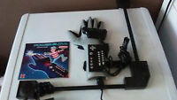 NINTENDO POWER GLOVE WITH THE SENSOR AND MANUAL