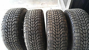 205/55/16 Set of 4 Firestone winterforce tires with rims & hubs