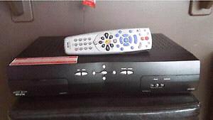 SATELLITE TV BELL EXPRESSVU RECEPTEUR ENREGISTREUR NUMERIQUE