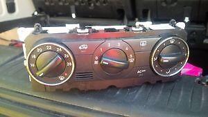 2006-2011 Mercedes b200 climate control unit