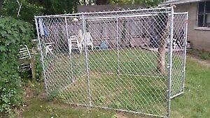 7.5x13x6 Petsafe Outdoor Dog Kennel