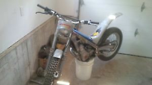 1999 bultaco/sherco trials bike 250cc