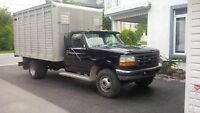 1997 Ford F-450 with Aluminum Livestock Box