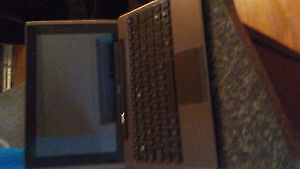 Asus Transformer 2 in 1 Laptop and Tablet