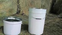 Steel buckets 6 gallon with lids and lockable snap ring collar