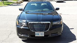 2013 Chrysler 300-S HEMI