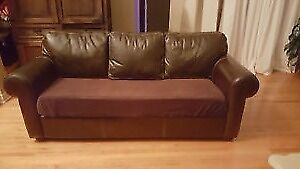 Leather brown couch 3 places