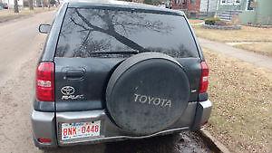 2004 Toyota RAV4 SUV, Crossover