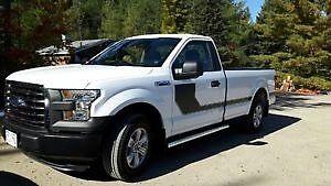 2016 Ford F-150 Pickup Truck 4x2 XL V8