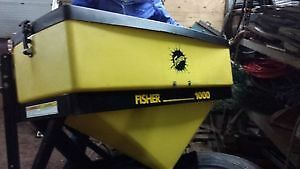 LIKE NEW FISHER TAILGATE SALT SPREADER