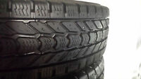 2 pneus hiver LT265 70 R17