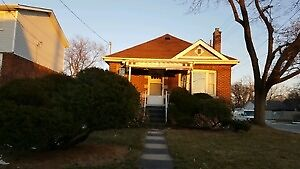 House for rent in prime east mountain location